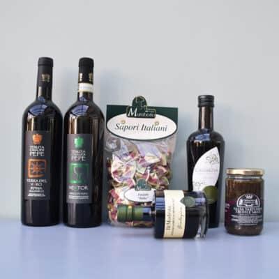 cadeaupakket tenuta del cavalier pepe | wijn van helene | luxe cadeaupakket | luxe wijncadeaus | wijnpakket | luxe cadeaupakketten